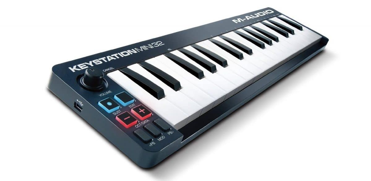 best cheap midi keyboards 2019 under 100 budgetreport. Black Bedroom Furniture Sets. Home Design Ideas